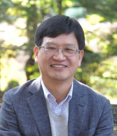 Jang-Eui Hong